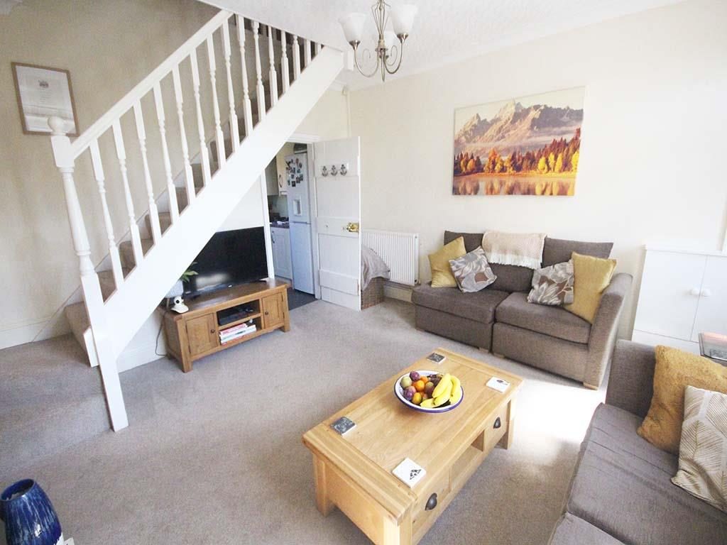 2 bedroom end terrace house For Sale in Winewall - IMG_7309.jpg